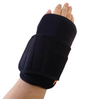A wrist wearing the King Brand® ColdCure® Wrist Wrap to help with Intersection Syndrome